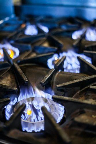 natural-gas-stove-PCFL8NV